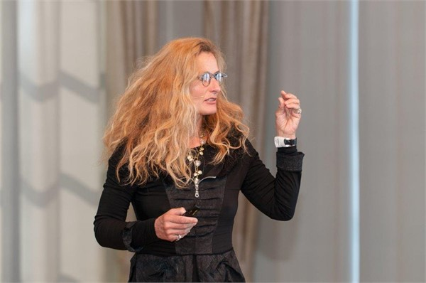#Lene Gammelgaard - Develop leadership THE EVEREST WAY
